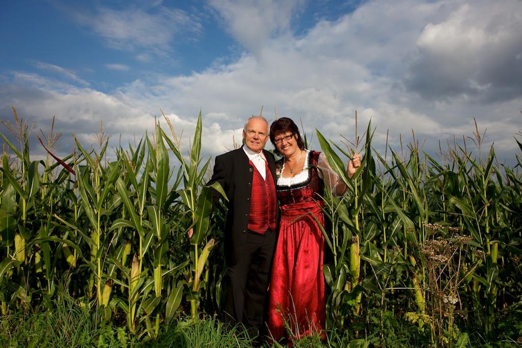 Hochzeitsfoto in der Natur