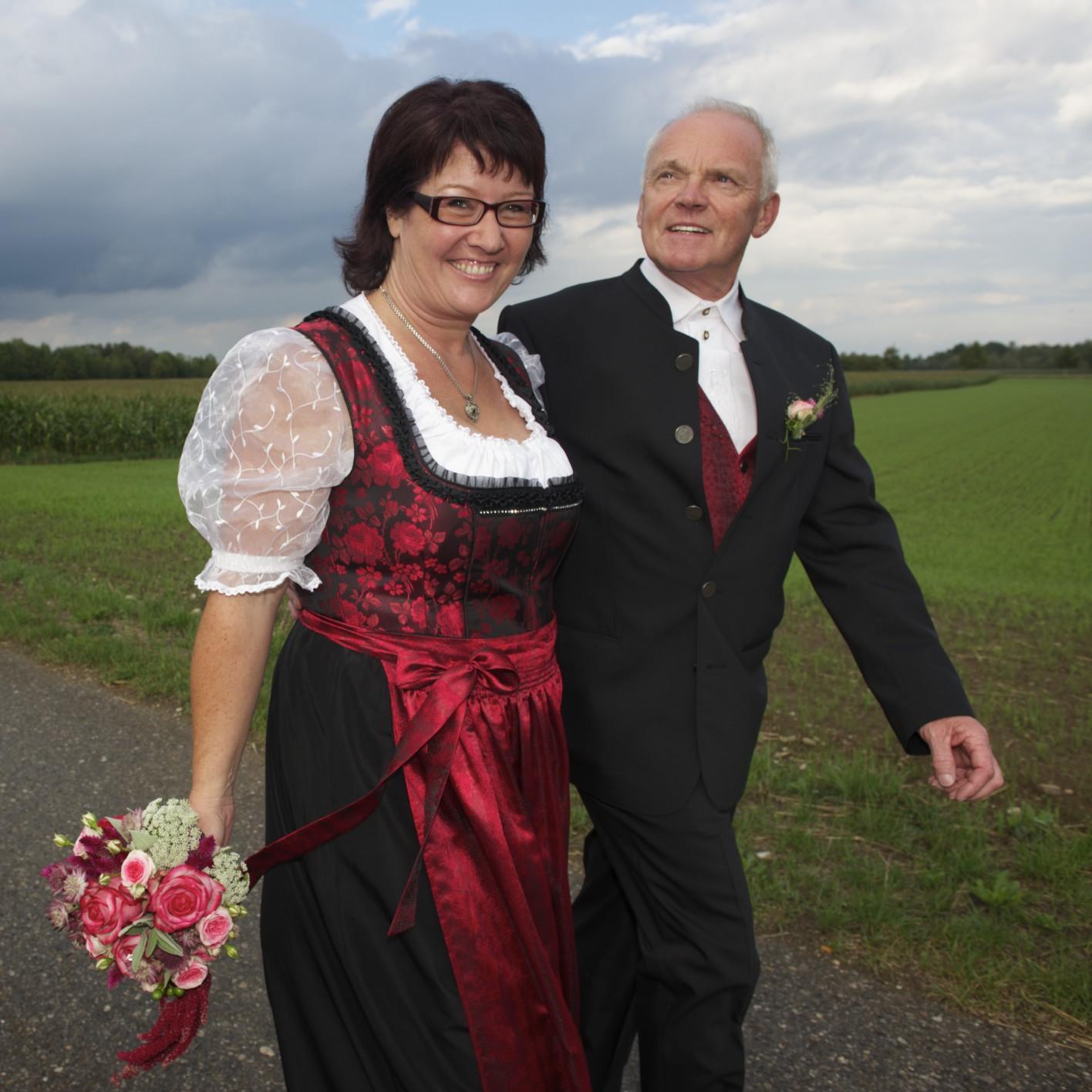 Hochzeitsbild nach der standesamtlichen Trauung