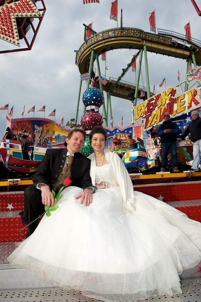 Brautpaar auf der Wiesn