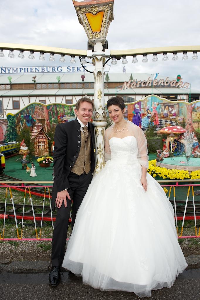 Braut und Bräutigam auf der Wiesn