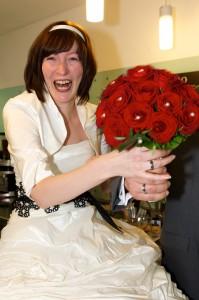 6 Braut mit Brautstrauss