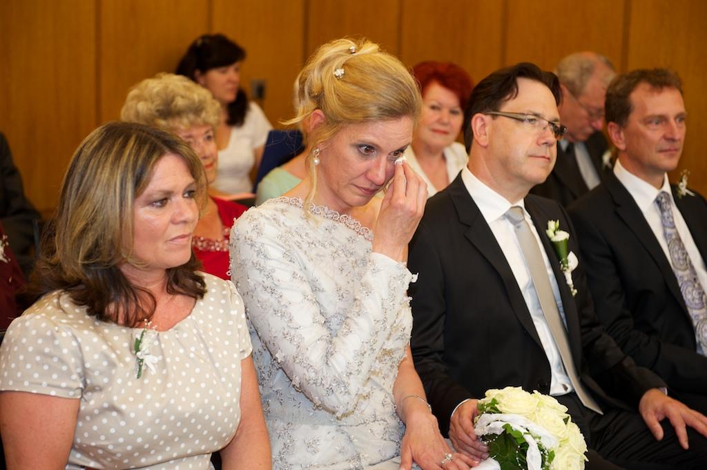 weinende Braut