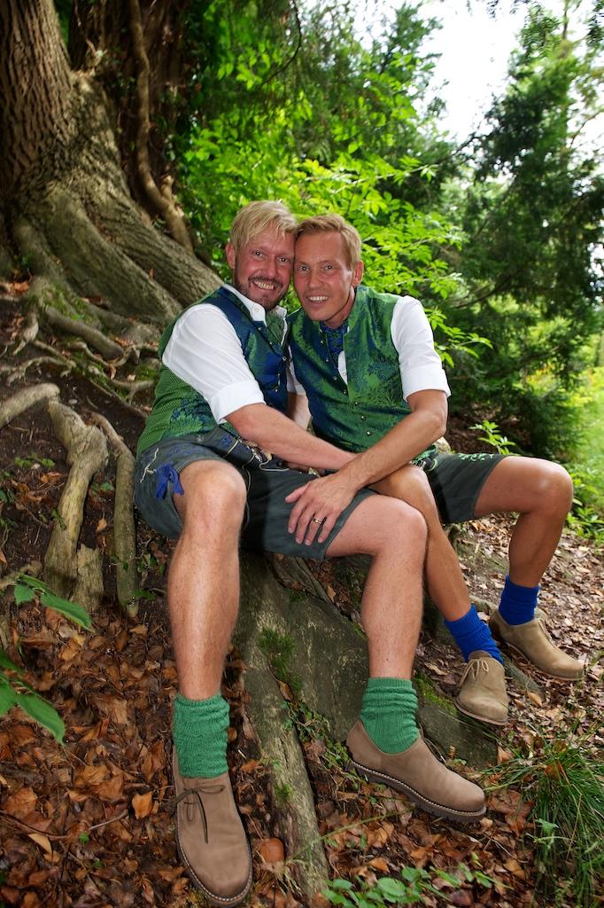 Schwulenhochzeit Paarfotos